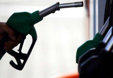 Σκληρές μάχες στα πρατήρια βενζίνης